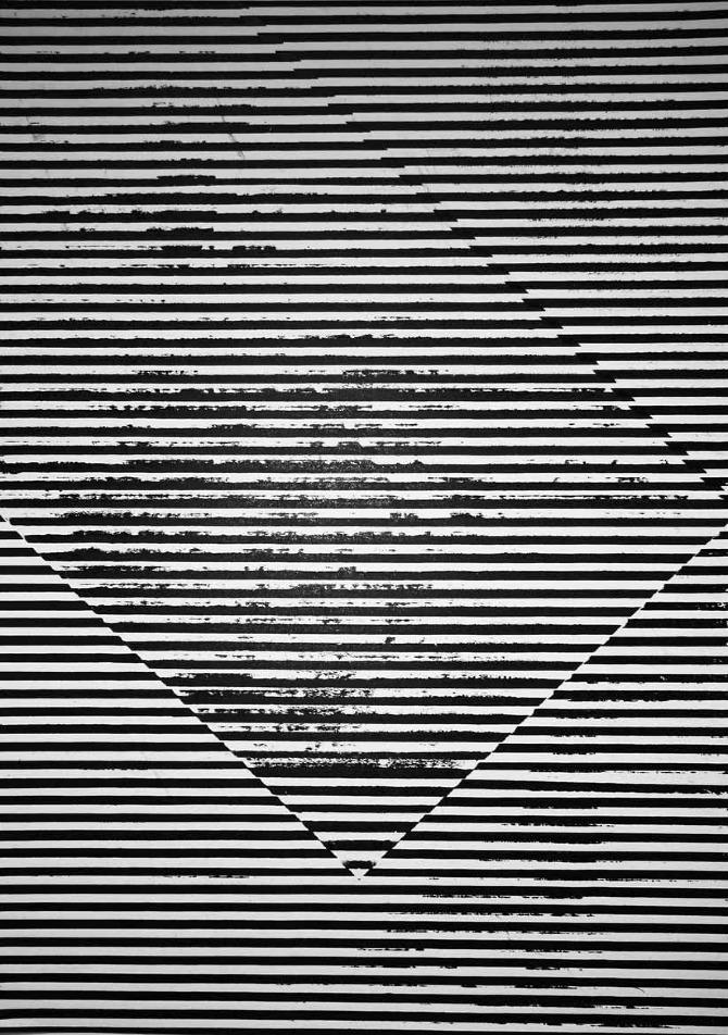 black and white graphics amélie petit moreau